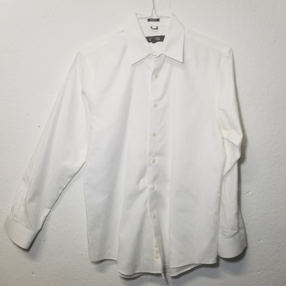 Kenneth Cole Reaction Other - KENNETH COLE Wht Slim Dress Shirt Medium